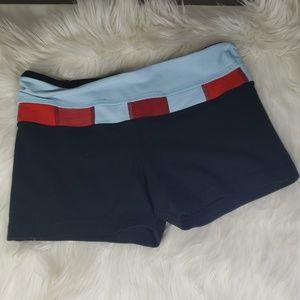 Lululemon athletica reversible shorts size 6